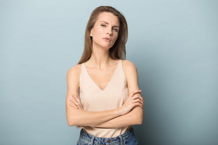 Kobieta cierpiąca z powodu endometriozy